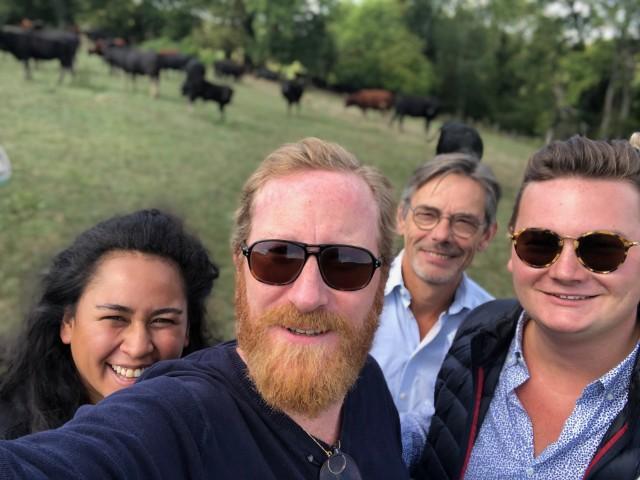 L'Auberge Visite producteur régional des hommes et des bœufs Angus